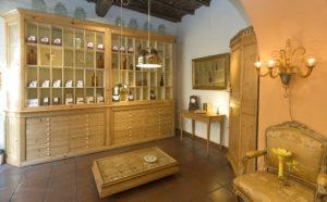 Antiquariato Valligiano - Sede di via Giulia 193